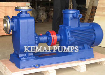 Self-priming chemical pump